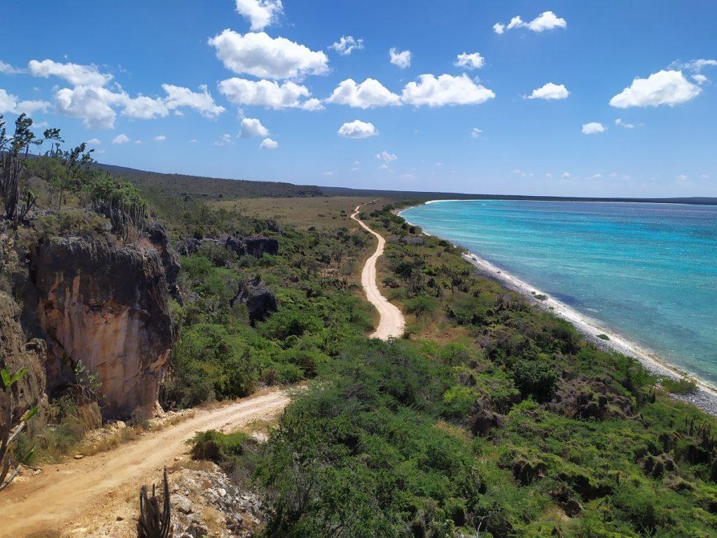 дорога на Бахиа де Лас Агуилас Доминикана
