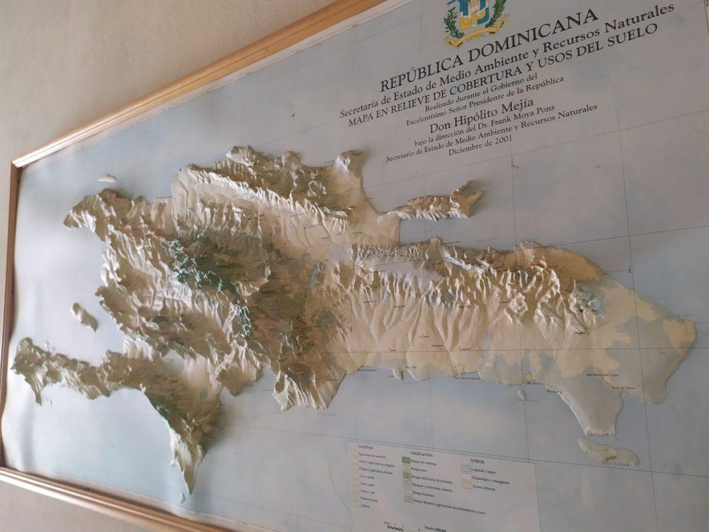 карта гор доминиканы