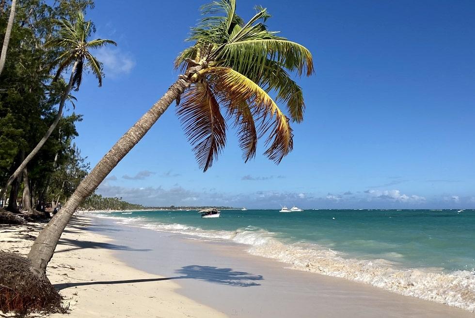 Океан в Доминикане Атлантический