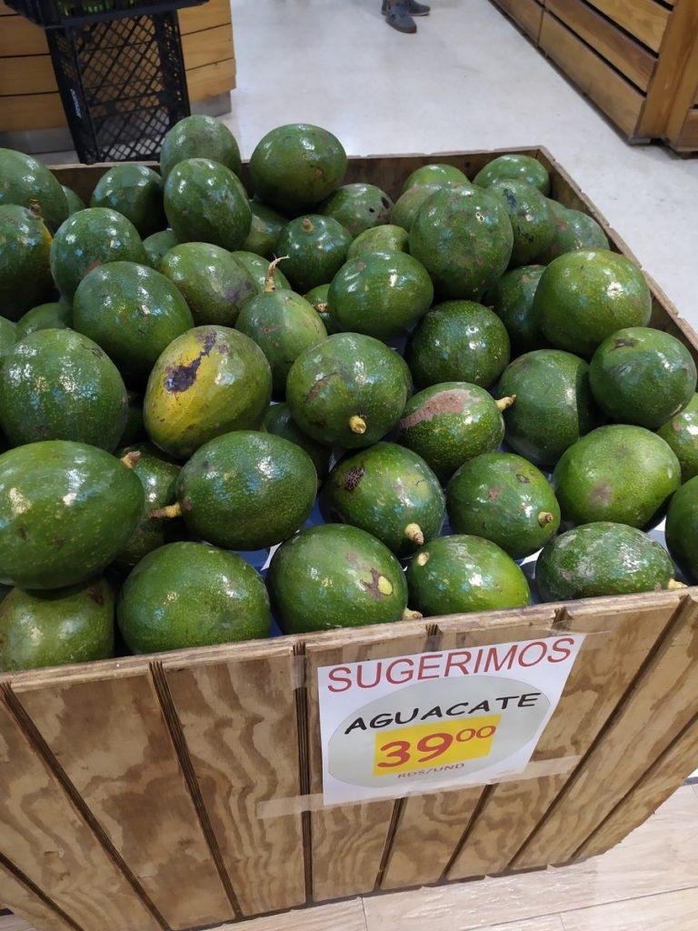 фрукты Доминиканы авокадо