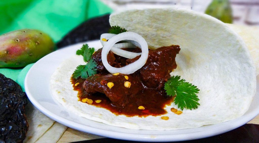 Национальная кухня Доминиканы тушеная свинина