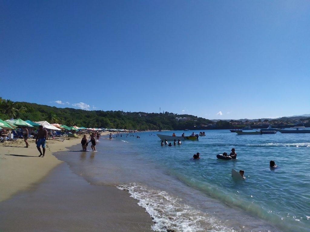 Доминиканские города и пляжи
