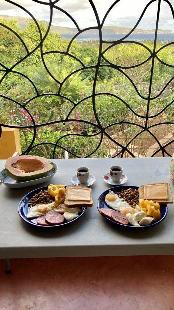 завтрак в доминикане с видом на океан