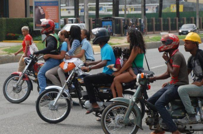 Движение на дорогах Доминиканы