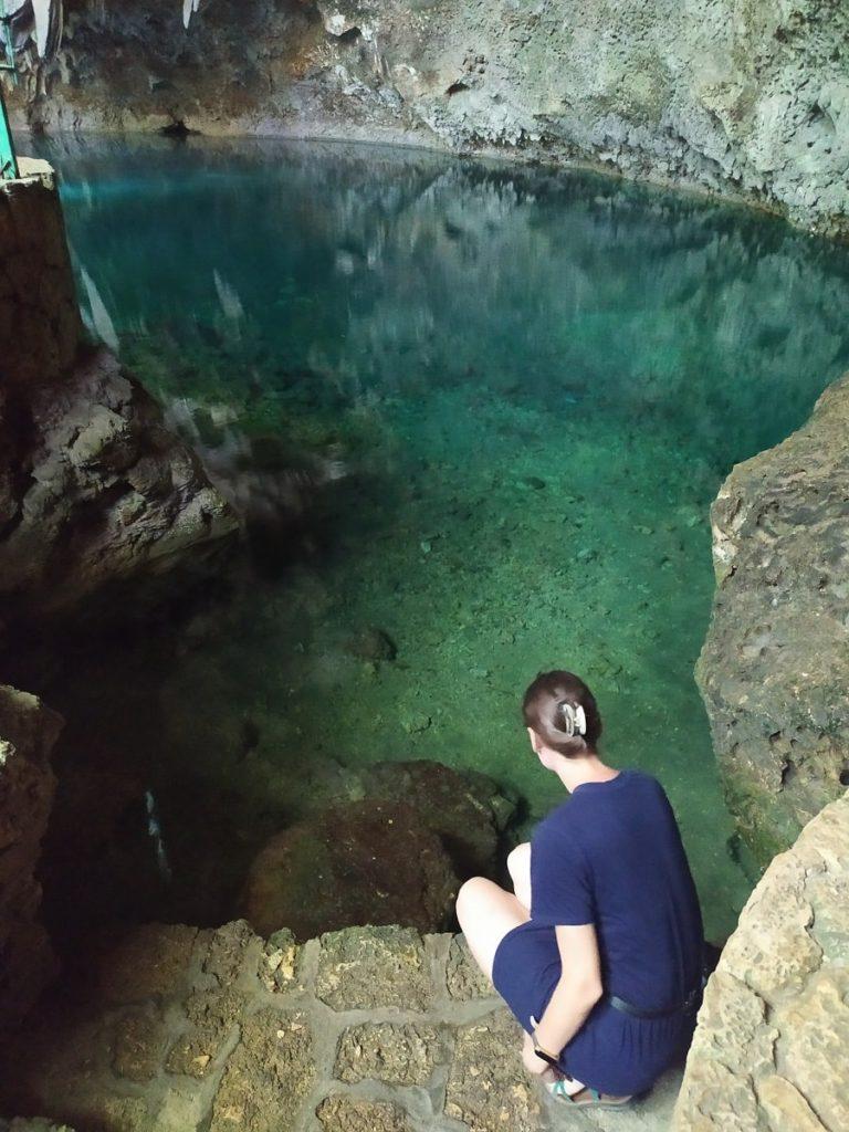 Озера в пещере Три Глаза